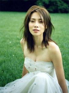中谷美紀は結婚してる?柴咲コウと似てる理由と共演経験を調査 ...